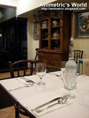 Angel's Kitchen interiors