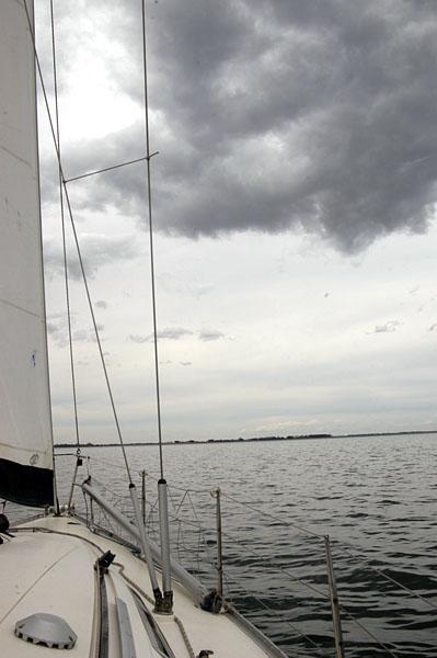 [yacht]