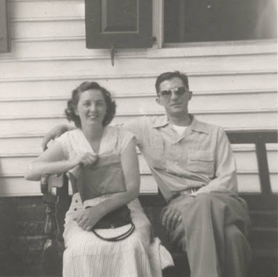 Mom%20and%20Dad-12.JPG