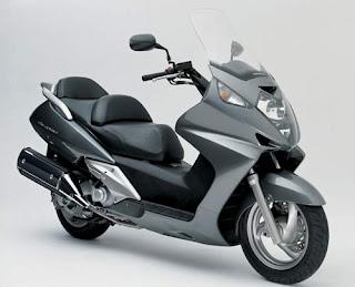 Bikies  Honda Scooter
