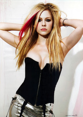 Snooki, Avril Lavigne, Poof Wars, Hollywood, Actresses,