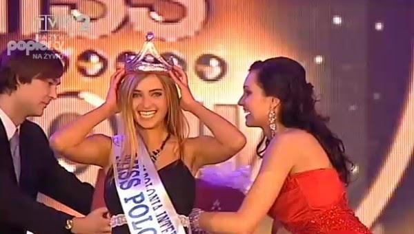La Alfombra Rosa: Miss Colombia 2010-2011