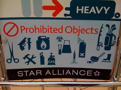 Husk å ikke ta med livsfarlige vannpistoler på fly!