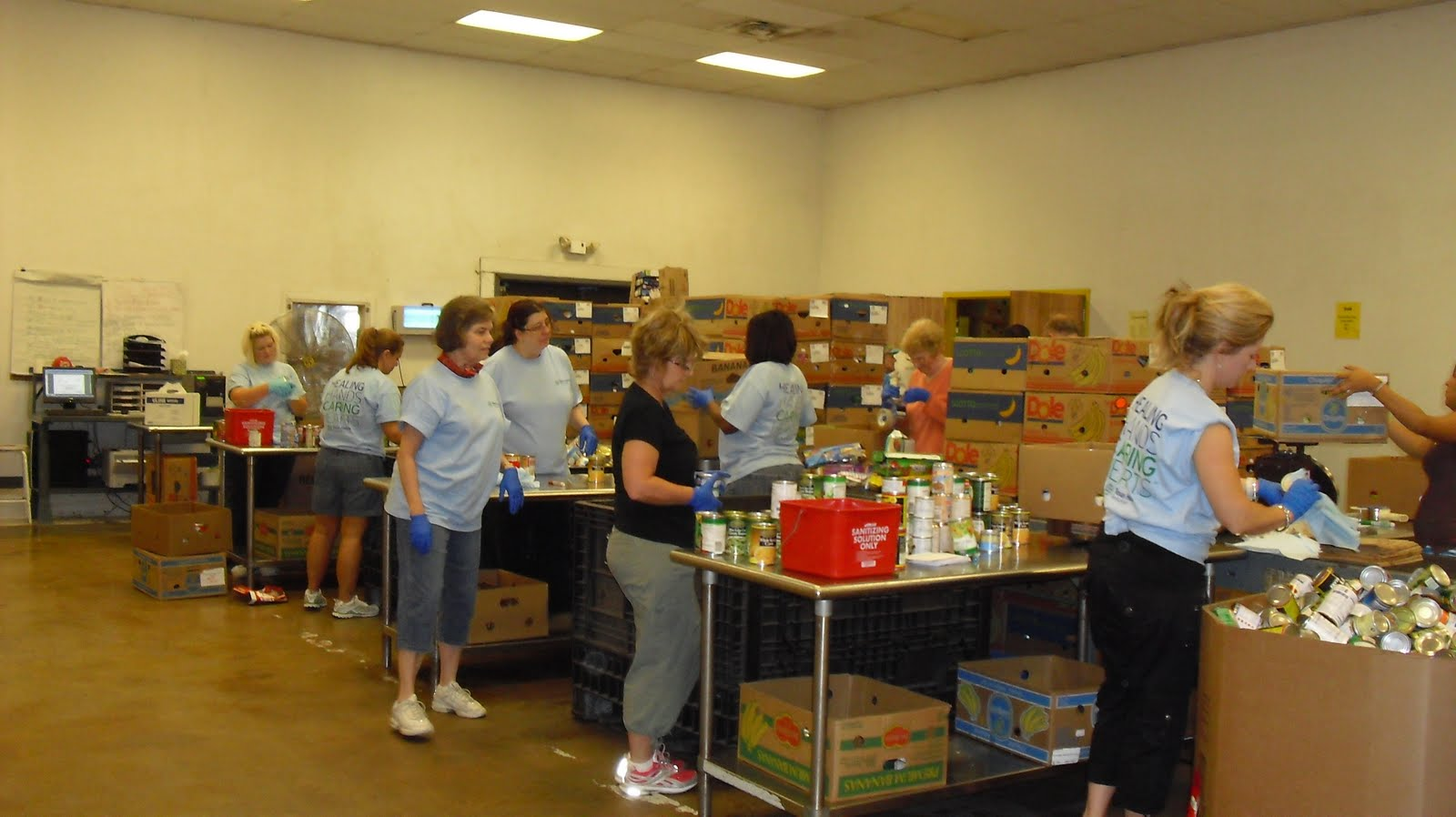 Cozy In Texas Volunteering Tarrant County Food Bank