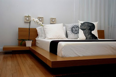 Modern Simple Wooden Bed : ... AND FURNITURE TRENDS 2009 2010: MINIMALIST BEDROOM 2009 PHOTO GALLERY