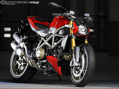 2010 Ducati Streetfighter First Ride