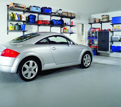 Car Garage Interior 2009