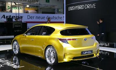 Lexus LF-Ch Concept 2010 : Lexus hatches a hybrid concept.