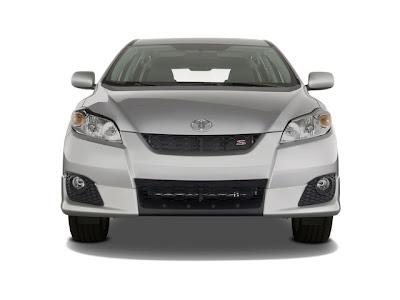 The Toyota 2010 Matrix : Great Car, fun to drive!