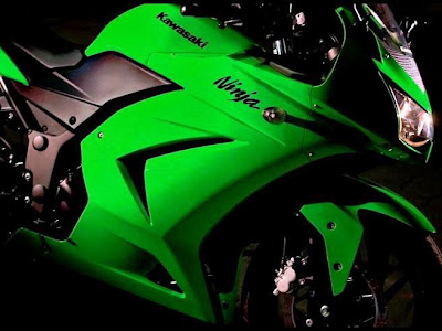 New 2010 Ninja 250R, Photo, Reviews and Specification