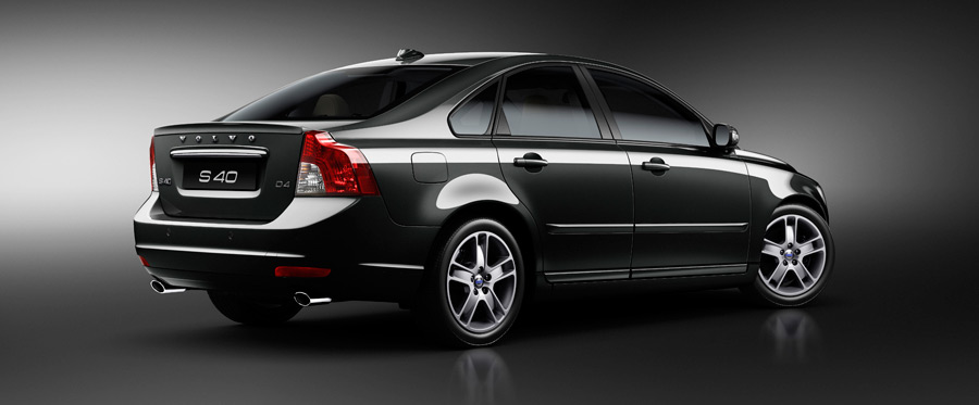 2013 2012 CAR AND MOTO REVIEWS  2011 New Volvo S40 T5 R Design and