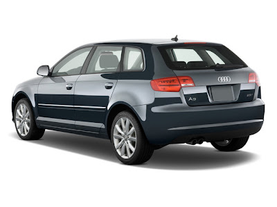 2011 Audi A3 2.0T Premium S tronic :Audi A3 gets three ay's