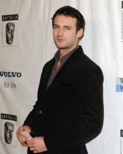 Callum Blue (who brilliantly played Mason in Dead Like Me) has been cast as ...