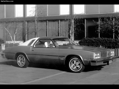 Oldsmobile Cutlass Supreme 1976. 1976 Oldsmobile Cutlass S
