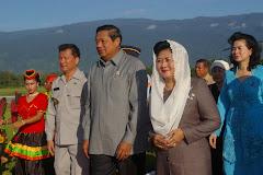 Presiden Susilo Bambang Yudhoyono Saat Berkunjung Ke Poso