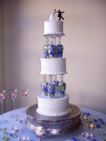 Picture of Wine Glass Round Wedding Cake by Chocolate Sinsations Wedding