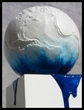 Daniel Giraud sculpture planete sur socle resine