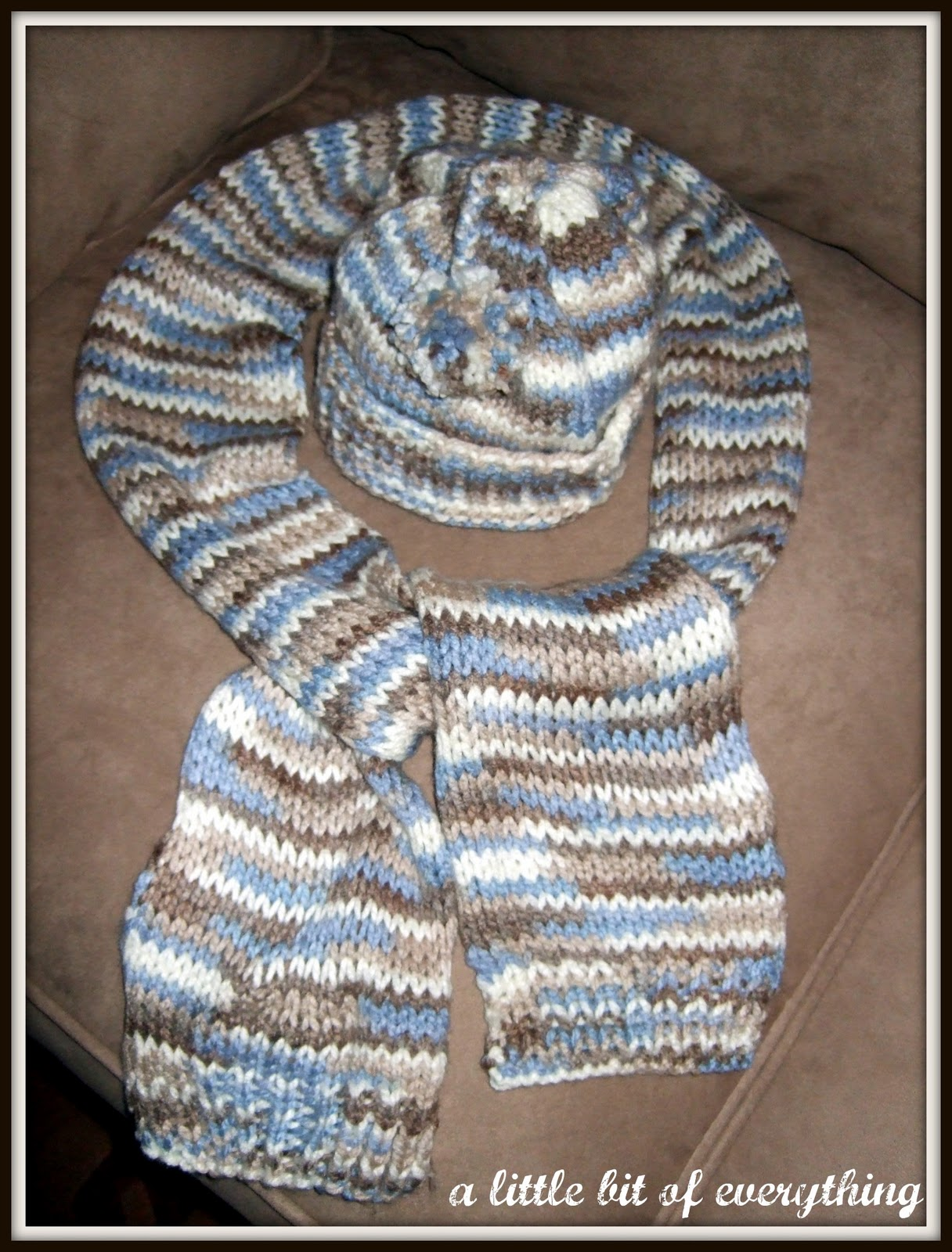 Knitting Pattern For Baby Hat And Scarf : a little bit of everything: Needlework: Babys Hat and Scarf, Knitted