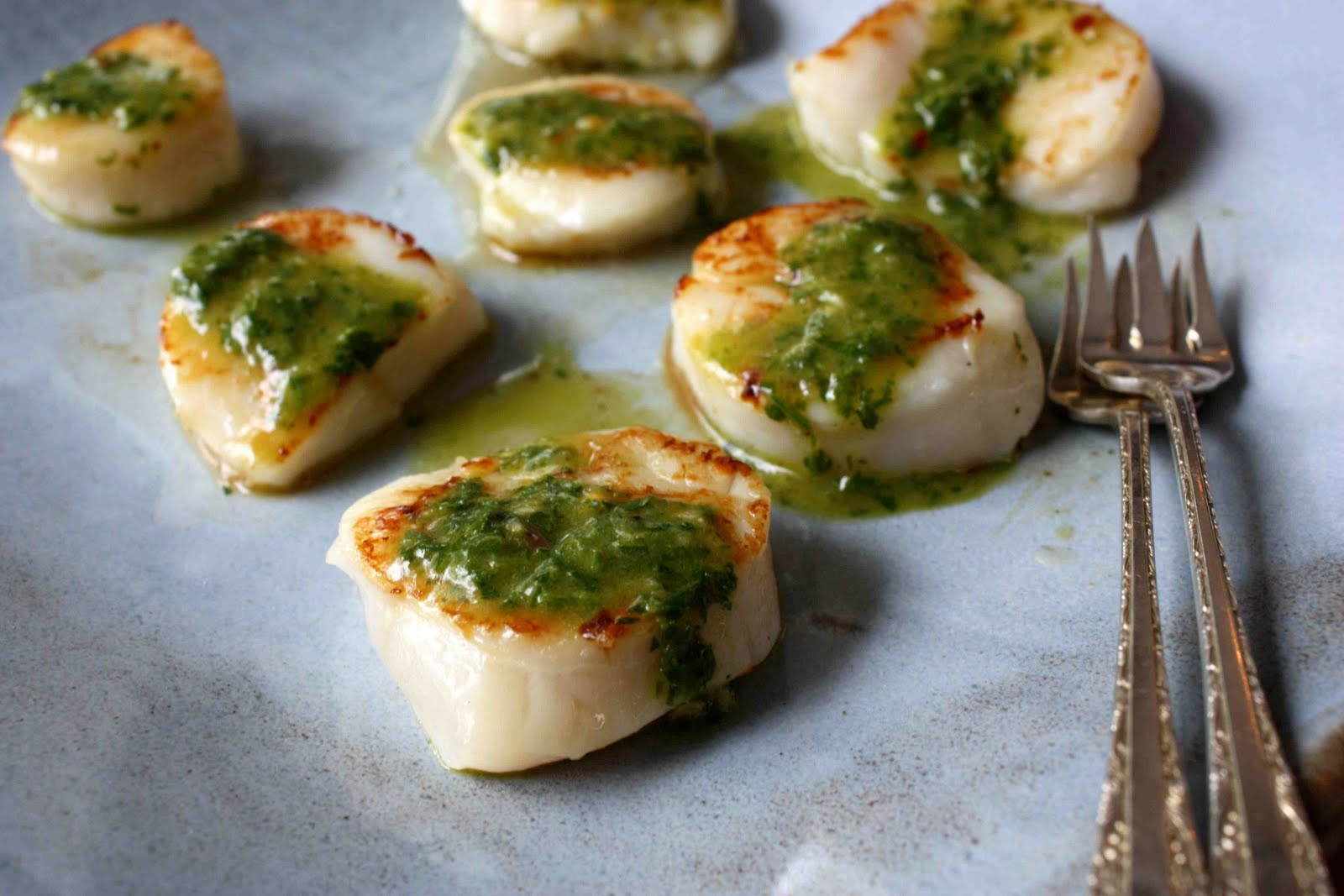 Seared Scallops with Chimichurri Dressing Recipe - Cookin Canuck