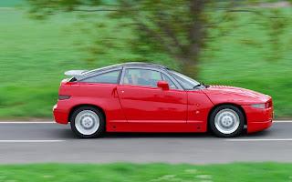 Alfa Romeo SZ en accion