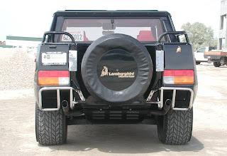 Lamborghini LM 002 Trasera