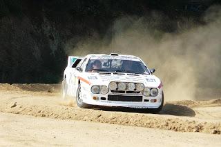 Lancia 037 Rally sobre tierra