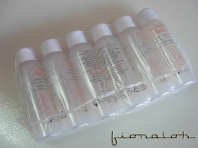 clinique makeup bags. Clinique Cosmetic Bag - RM23