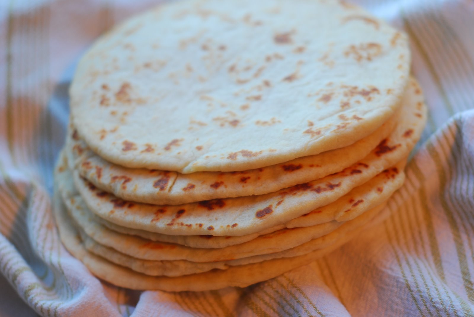 Cooking à la Mode: Soft Pita Bread