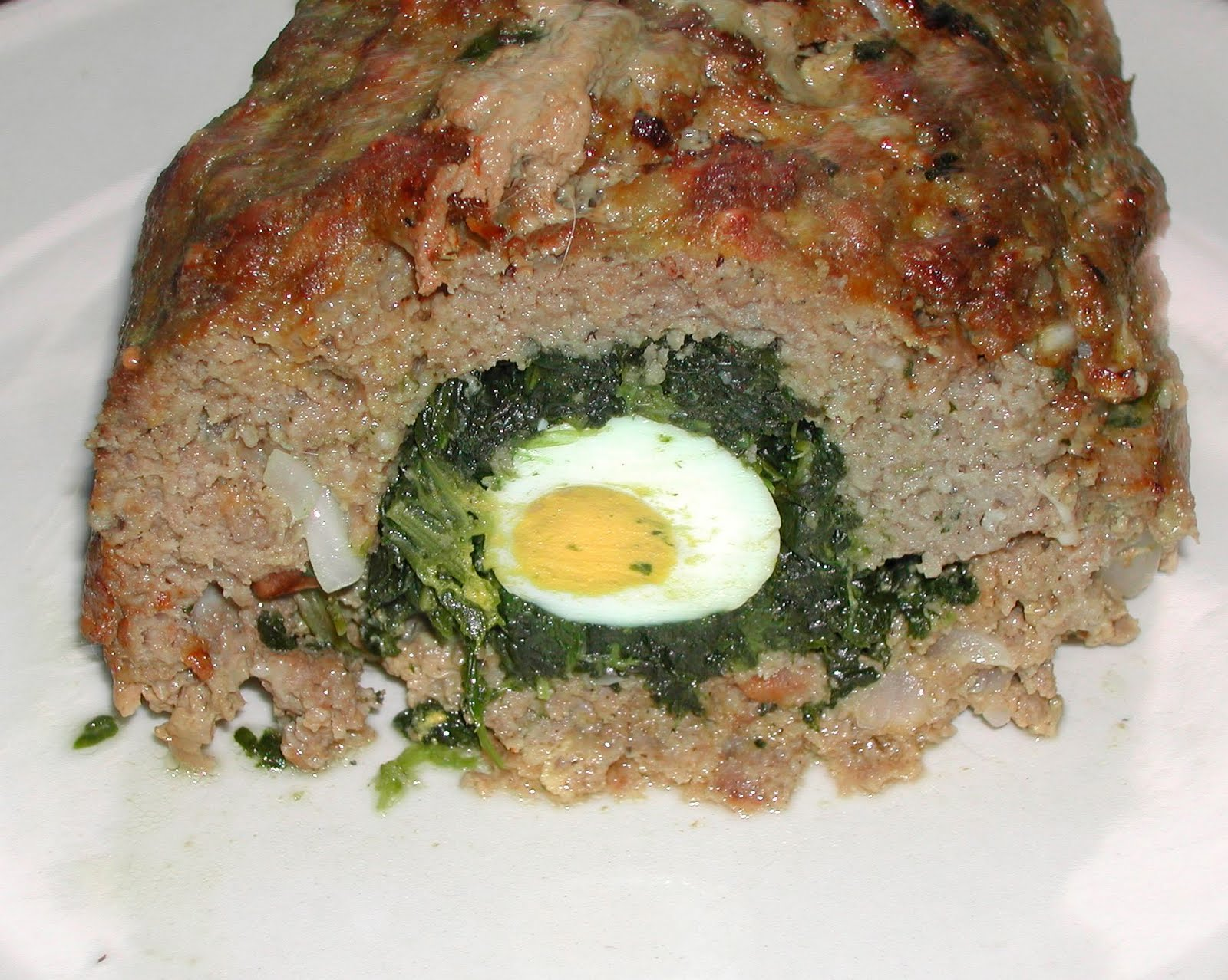 Lucindaville: Egg-and-Spinach-Stuffed Meat Loaf