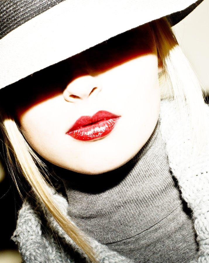[lips]