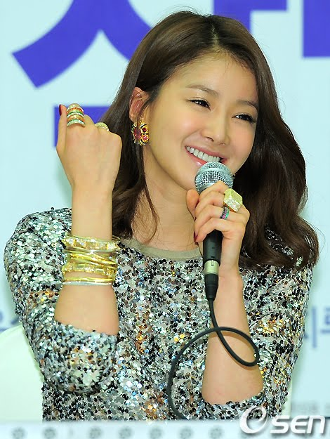 News Lee Si Young To Join Playful Kiss As A Rival Of