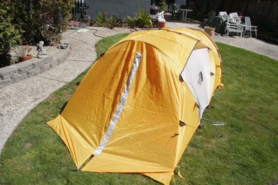Mountain 25 with Fly & Flat Tire Paradise: The North Face Mountain 25 Tent