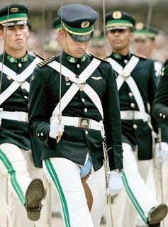 Soldado y su pantalon
