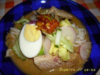 http://4.bp.blogspot.com/_nq7FxyIamOE/SNXM9YSXO4I/AAAAAAAAAVY/Sri3m0saZJg/s400/laksa+penang+dan+sambal+belacan+-+flickr.jpg