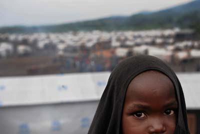 Criança refugiada do Congo