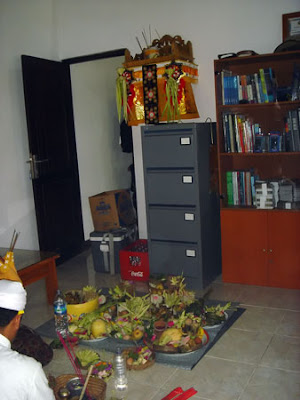 Office temple