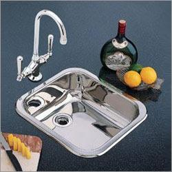 Small Kitchen Trends: 5 inspiring small kitchen sinks