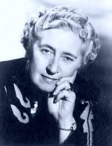 Agatha Christie - Romancista Policial Britânica - 1890 / 1976