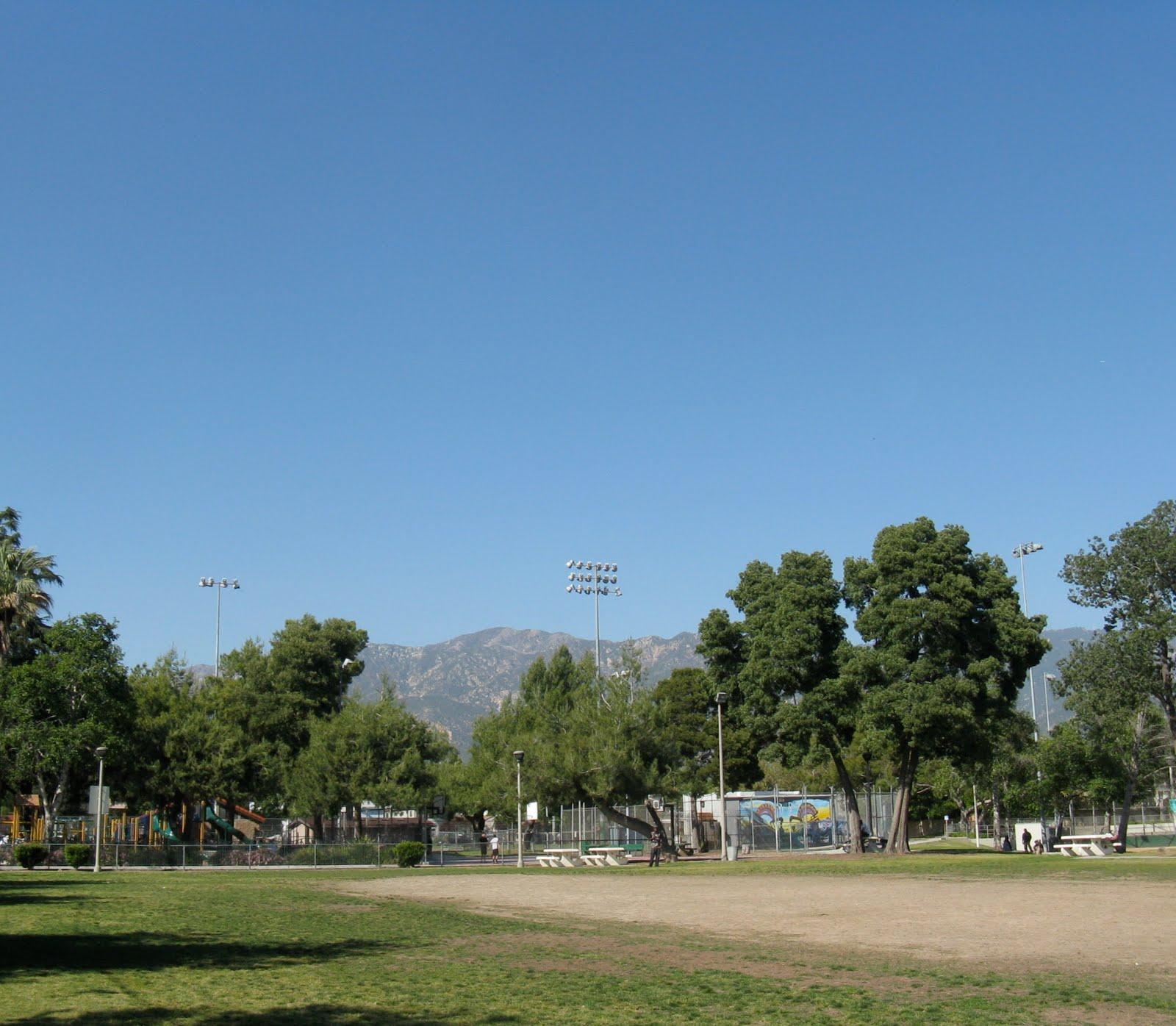 The Sky Is Big In Pasadena Skywatching At Villa Park
