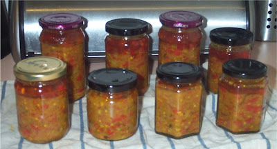 Simple, Green, Frugal Co-op: Hot Chilli Chutney