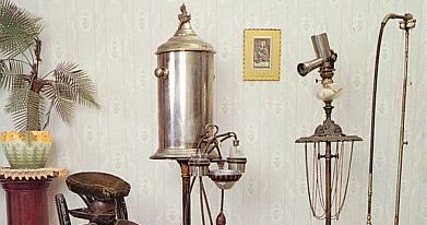 THE FIRST ELECTRIC TOOTHBRUSH THE BROXODENT  Doctor Mayer