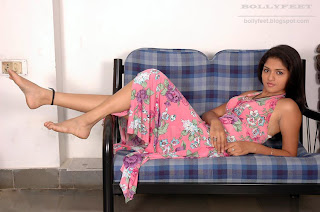 Very Cute South Indian Actress Sunayana