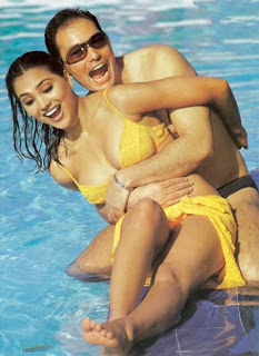 Lara Dutta hot photo in swimsuit