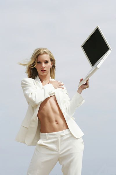 heather morris tattoo. Heather Morris#39;s abs,