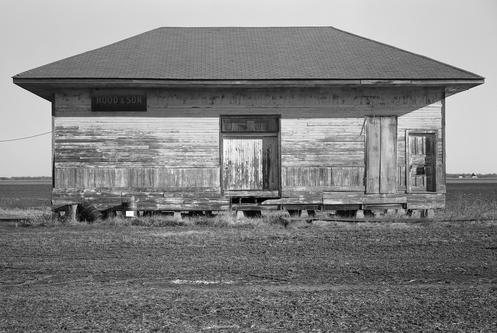 Old train depot dundee mississippi 2010