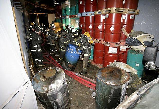 Emergencia química en fábrica de Recoleta
