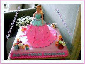 Barbie - Fondant cake 2
