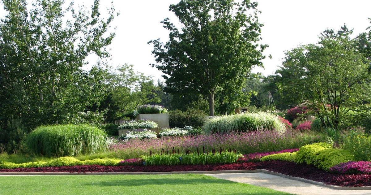 Ornamentals News: Cantigny– A Jewel in the Midwest