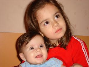 în noiembrie, Alexandra şi Andreea