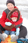 Oakley and Peyton snow 2011